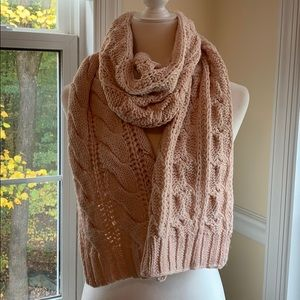NWOT Charter Club pale pink scarf